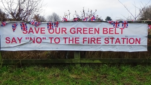 photo 10 Land off Saughall Massie Road Saughall Massie 13th December 2016 SAVE OUR GREEN BELT SAY NO TO THE FIRE STATION banner