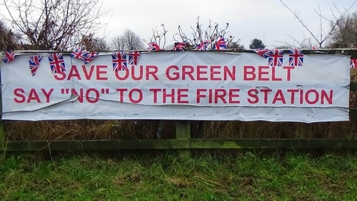 photo 13 Land off Saughall Massie Road Saughall Massie 13th December 2016 SAVE OUR GREEN BELT SAY NO TO THE FIRE STATION banner