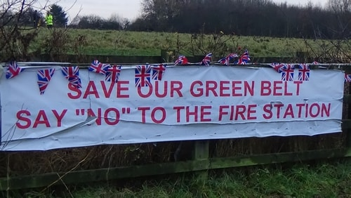 photo 3 Land off Saughall Massie Road Saughall Massie 13th December 2016 SAVE OUR GREEN BELT SAY NO TO THE FIRE STATION banner