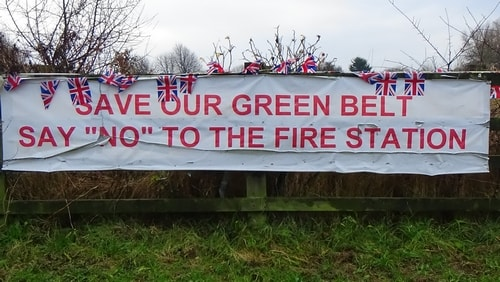 photo 7 Land off Saughall Massie Road Saughall Massie 13th December 2016 SAVE OUR GREEN BELT SAY NO TO THE FIRE STATION banner