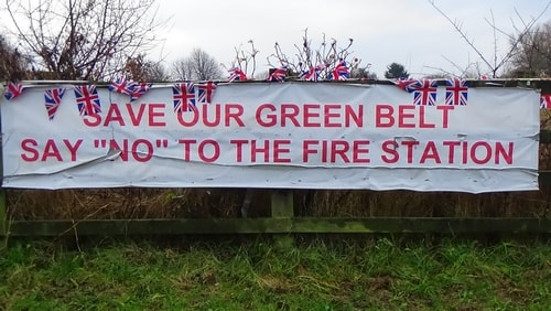 photo 9 Land off Saughall Massie Road Saughall Massie 13th December 2016 SAVE OUR GREEN BELT SAY NO TO THE FIRE STATION banner