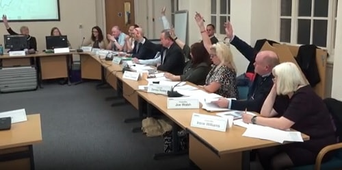 Councillors voting favour of Old Anselmians Rugby Club planning application 18th January Planning Committee
